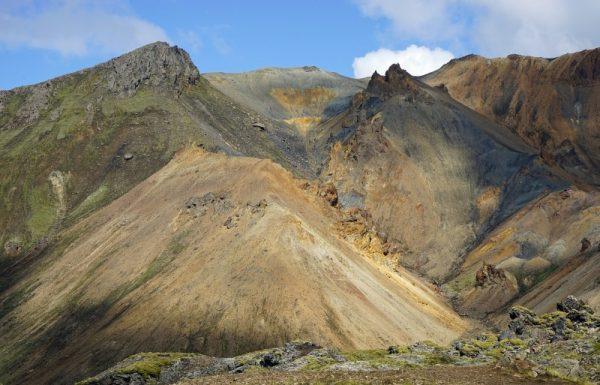 Islandzki wulkan (fot. BArni1, lic. CC0)