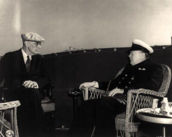 Roosevelt i Churchill zabiegali o wprowadzenie zapisu o międzynarodowej kontroli mających się odbyć w Polsce wyborów.