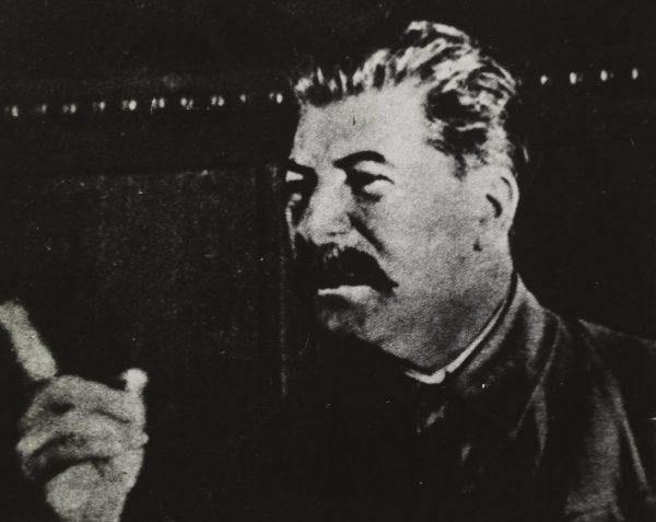 Nie ma wątpliwości, że Stalin wiedział o klęsce głodu na Ukrainie, którą wykorzystał do złamania oporu chłopów. Jednak czy jednocześnie było zaplanowane ludobójstwo na Ukraińcach?