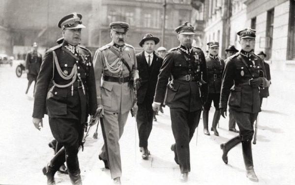 Pod koniec maja to piłsudczycy rozdawali w Polsce karty. Ale czy doszłoby do tego, gdyby to Piłsudski miał podjąć decyzję o przekroczeniu Trzeciego Mostu?