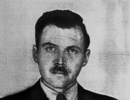"""Mimo wieloletnich wysiłków, """"Anioła Śmierci"""" z Auschwitz nigdy nie udało się schwytać."""