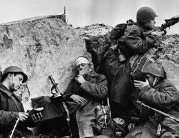"""Co """"wyzwolenie"""" przez Armię Czerwoną naprawdę oznaczało dla Polski?"""