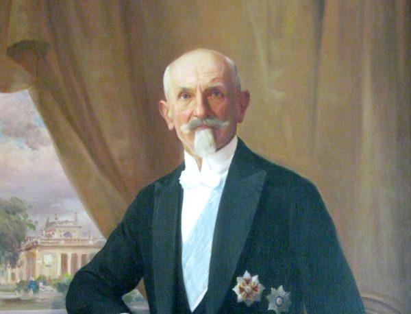 """""""Stoję na straży honoru wojska polskiego"""" - powiedział do Piłsudskiego prezydent Wojciechowski."""