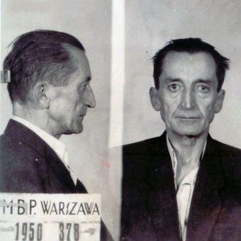 Generał August Emil Fieldorf został oskarżony o wydawanie oddziałom AK rozkazów likwidacji radzieckich partyzantów.
