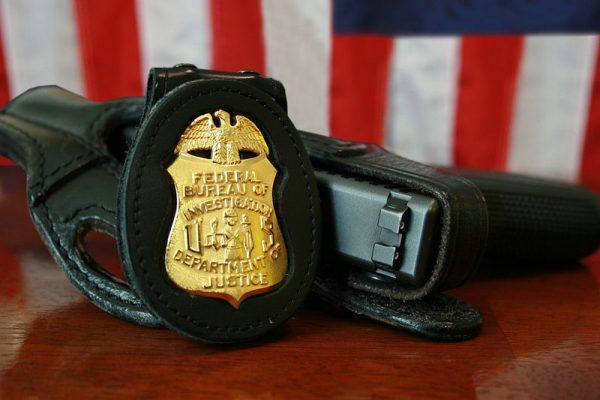"""Do odzyskania dziennika walnie przyczynił się były agent FBI, Robert K. Wittman, jeden z autorów książki """"Dziennik diabła""""."""