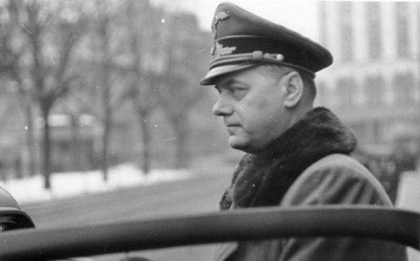 """Alfred Rosenberg był między innymi autorem """"Mitu XX wieku"""", drugiej po """"Mein Kampf"""" najważniejszej wykladni nazistowskiej ideologii."""