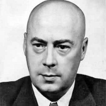 Józef Cyrankiewicz, jeden z rekordzistów utrzymywania stołka (fot. domena publiczna)