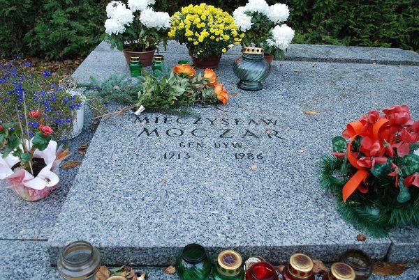 Mieczysław Moczar (fot. Janmad, lic. GNU FDL)