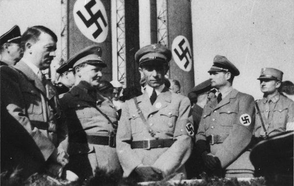 Naziści: Hitler, Goering, Goebbels, Hess (fot. Q)
