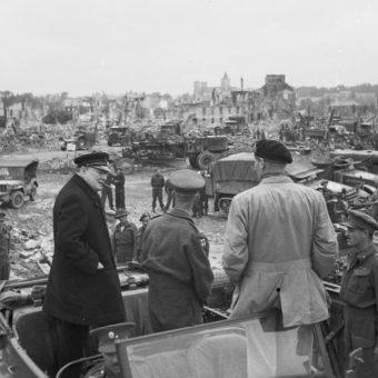 Pod koniec wojny alianci mieli sprecyzowane poglądy na temat tego, jak powinno wyglądać zakończenie wojny z Hitlerem.