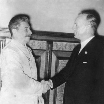 Tajny protokół został podpisany podczas wizyty Joachima von Ribbentropa w Moskwie.
