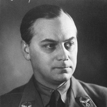 Alfred Rosenberg był czołowym ideologiem III Rzeszy i zajmował wysokie stanowiska w hitlerowskiej administracji.