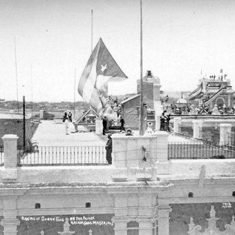 20 maja 1902 roku nad Pałacem Gubernatora zawisła kubańska flaga.