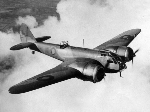 AK próbowała przekonać zwykłych Niemców, ze alianckie bombowce (na zdjęciu Bristol Blenheim) mogą zbombardować m.in. niemieckie zakłady zbrojeniowe.