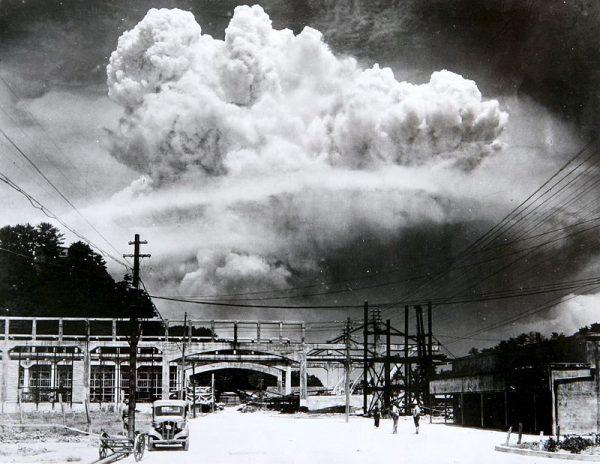 """""""Użycie bomby to wyjątkowe barbarzyństwo"""" - uznał nawet... Józef Stalin."""