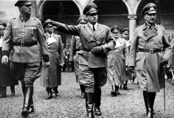 Jednym ze zwolenników werbowania Polaków do współpracy był Hans Frank.