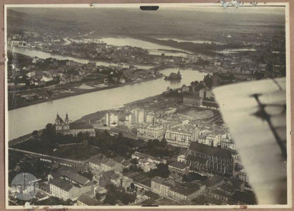Kazimierz, Dębniki, Zwierzyniec. Krakowskie dzielnice na fotografii lotnicze z 1925 roku.