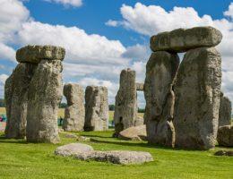 Stonehenge (fot. ExtraMilePhotoUK, lic. CCA-SA 3.0 U)