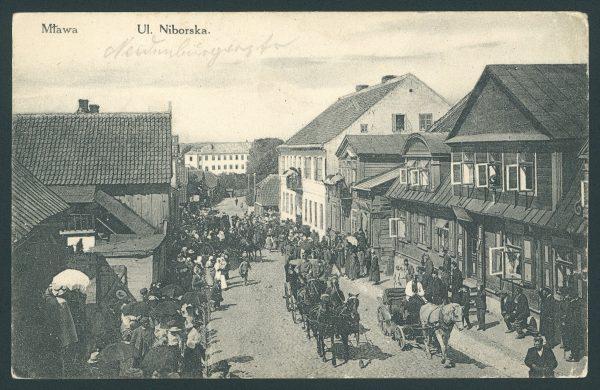 Ulica Niborska w Mławie. Pocztówka z początku XX wieku