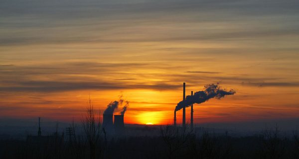 Zdjęcie zachodu słońca wykonane 6 lutego z kopca Wandy.