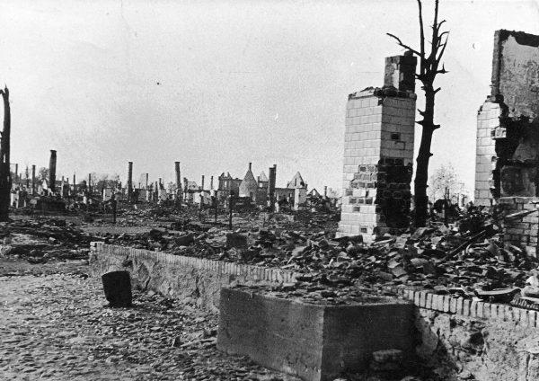 Straty Polski podczas II wojny światowej były proporcjonalnie największe ze wszystkich państw uczestniczących w zmaganiach.