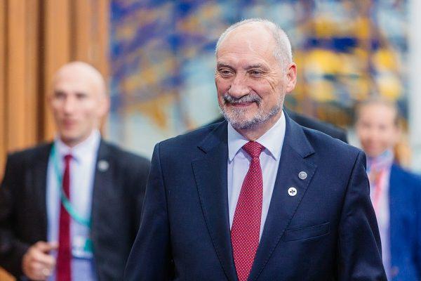 """Kaczyńskiemu imponowało, że Macierewicza """"nie da się zagiąć z historii"""". Zdjęcie z 2017 roku."""