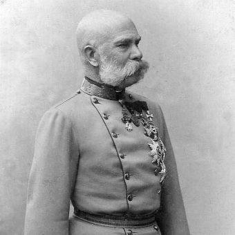 Franciszek Józef panował do 1916 roku.