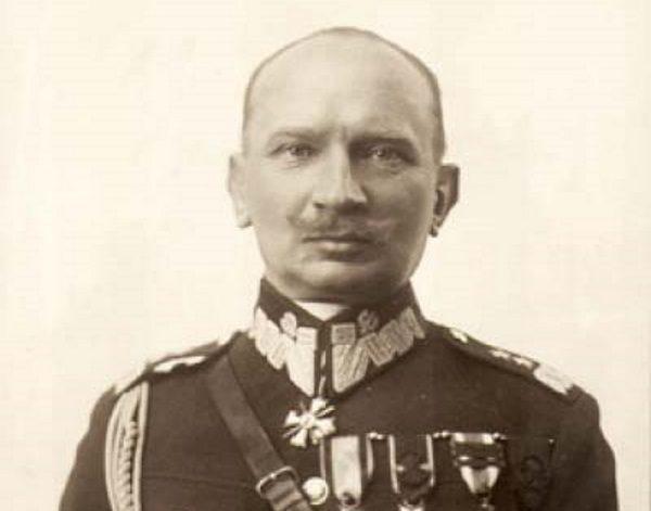 """O powierzeniu Wołyńskiej Brygadzie Kawalerii zadania zorganizowania przejściowej obrony zadecydował dowodzący Armią """"Łódź"""" generał Juliusz Rómmel."""