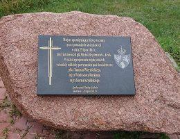 Kamień upamiętniający bitwę pod Kaniwolą.