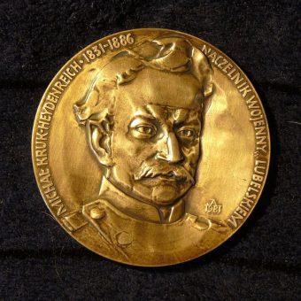 Medal z podobizną generała Heydenreicha.