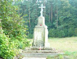 Pomnik upamiętniający żołnierzy rosyjskich poległych w bitwie pod Rybnicą.
