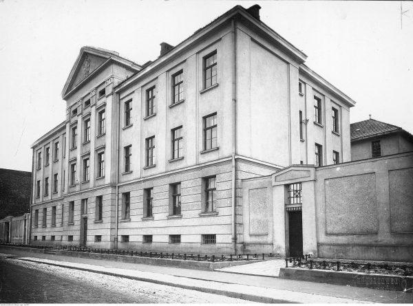 Sąd Okręgowy w Tarnowie. Fotografia z końca lat 20. XX wieku
