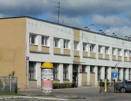 Sąd Rejonowy w Legionowie (fot. Wiesław Z. fotopolska.eu, lic. CC BY-SA 3.0)