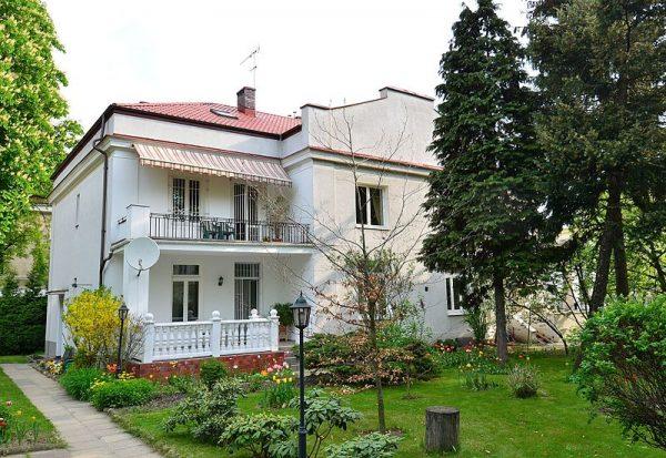 Punkt sanitarny urządzono w willi przy ulicy Ursynowskiej.