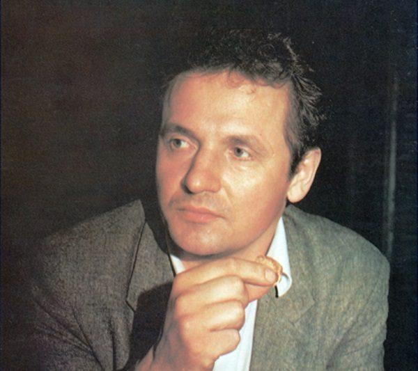 """Frakcja """"Prawdziwych Polaków"""" atakowała zwłaszcza Zbigniewa Bujaka, członka Komisji Krajowej NSZZ """"Solidarność"""" i przewodniczącego Regionalnej Komisji Wykonawczej Regionu Mazowsze."""