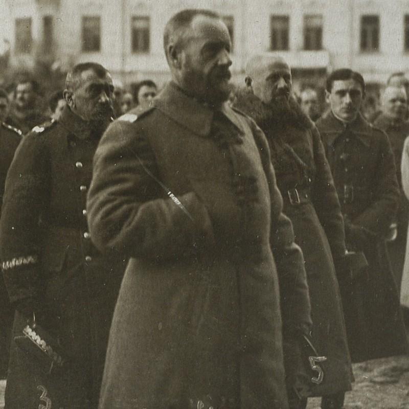 Dowódca polskich wojsk w bitwie pod Hermanowiczami generał Żeligowski.