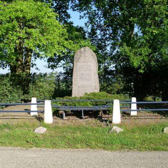 Pomnik upamiętniający polskich grenadierów w Lagarde.