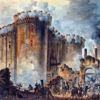 Niedługo po zdobyciu Bastylia została zrównana z ziemią.