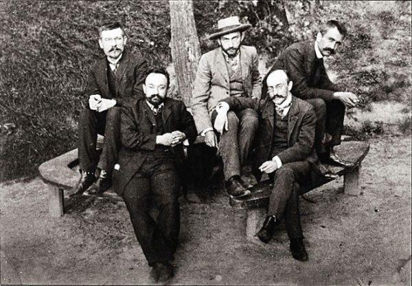 W akcji wzięło udział wielu prominentnych działaczy PPS, w tym Walery Sławek (z prawej).