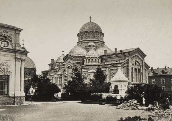 Szlak zorganizowany przez Polaków zaczynał się w Londynie, a kończył w Petersburgu.