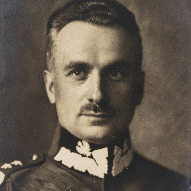 Dowódca Armii Rezerwowej generał Kazimierz Sosnkowski.