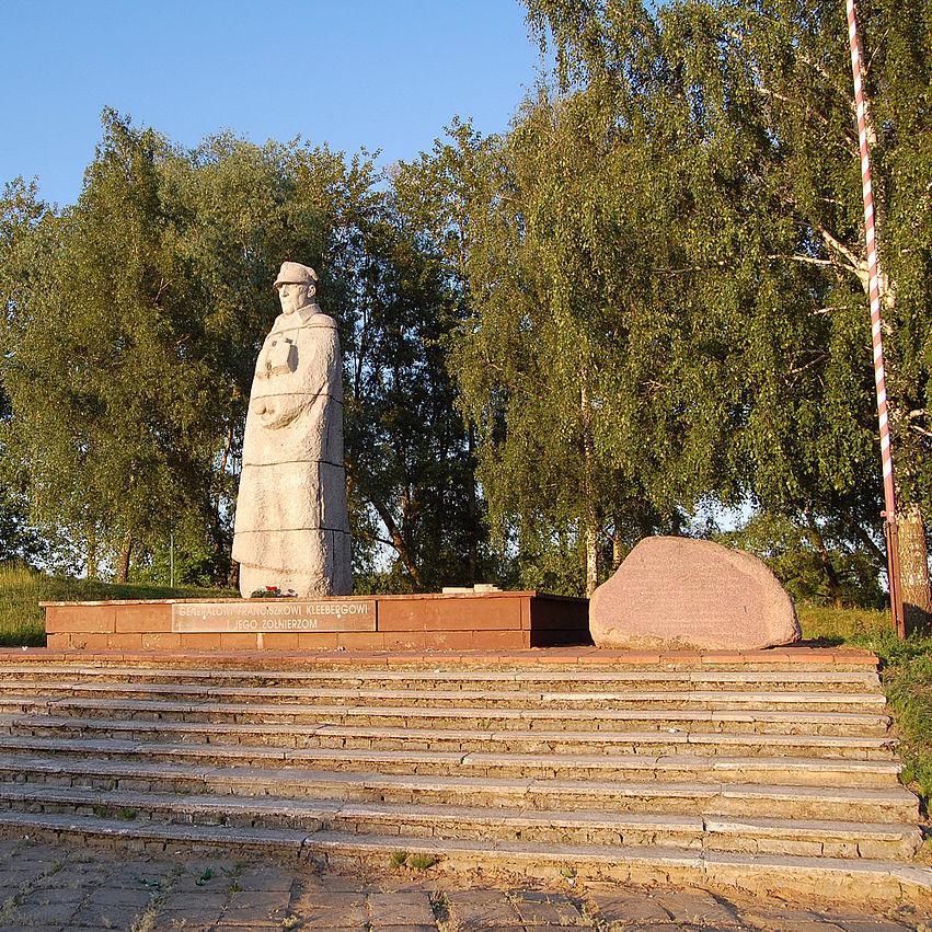 Pomnik generała Kleeberga w Kocku.