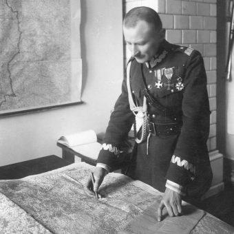 Dowódca XXIV Brygady Piechoty Marian Kukiel. Jednostka ta wchodziła w skład 12 Dywizji Piechoty. Na zdjęciu z połowy lat 20. Kukiel już jako generał.