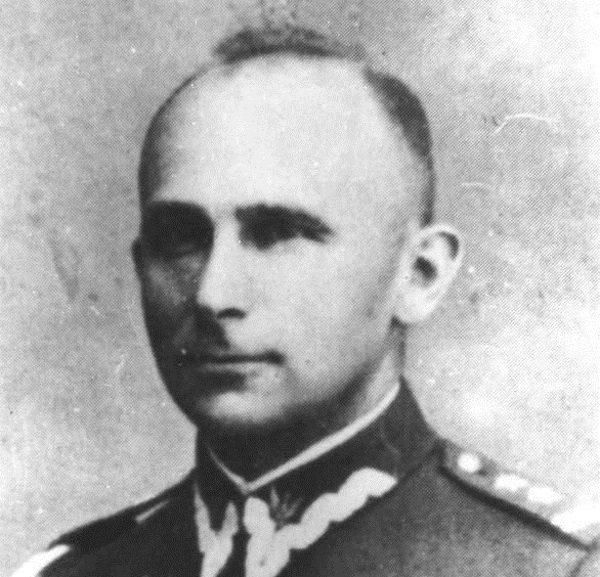 """Szef BiP-u, pułkownik Jan Rzepecki """"Prezes"""", doskonale zdawał sobie sprawę z faktu inwigilowania jego komórki przez kontrwywiad."""