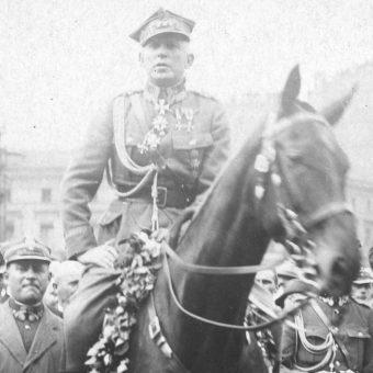 Generał Stanisław Szeptycki, w 1919 roku dowodził Frontem Litewsko-Białoruskim. Zdjęcie z lat 20.