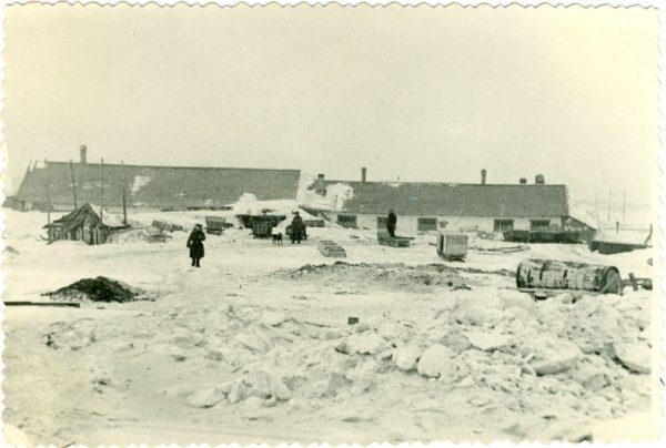 Wraz ze Stefanią na wschód wywieziono około tysiąca osób. Na zdjęciu jeden z obozów dla deportowanych w Workucie.