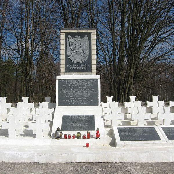 Cmentarz wojenny w Wytycznie.