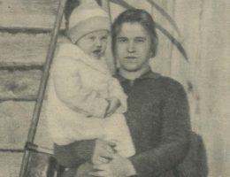 """Zdjęcie z tygodnika """"Tajny Detektyw"""" przedstawiające ofiarę ojca-kazirodcy."""