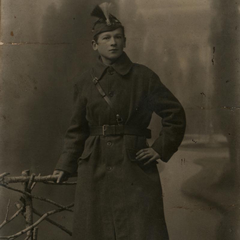 Stanisław Szumski w mundurze Ochotniczego Dywizjonu 1. Armii.