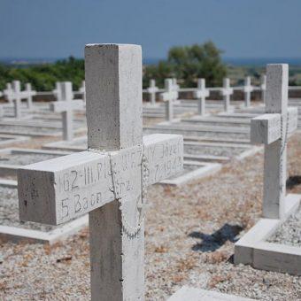 Polski cmentarz wojenny w Loreto.